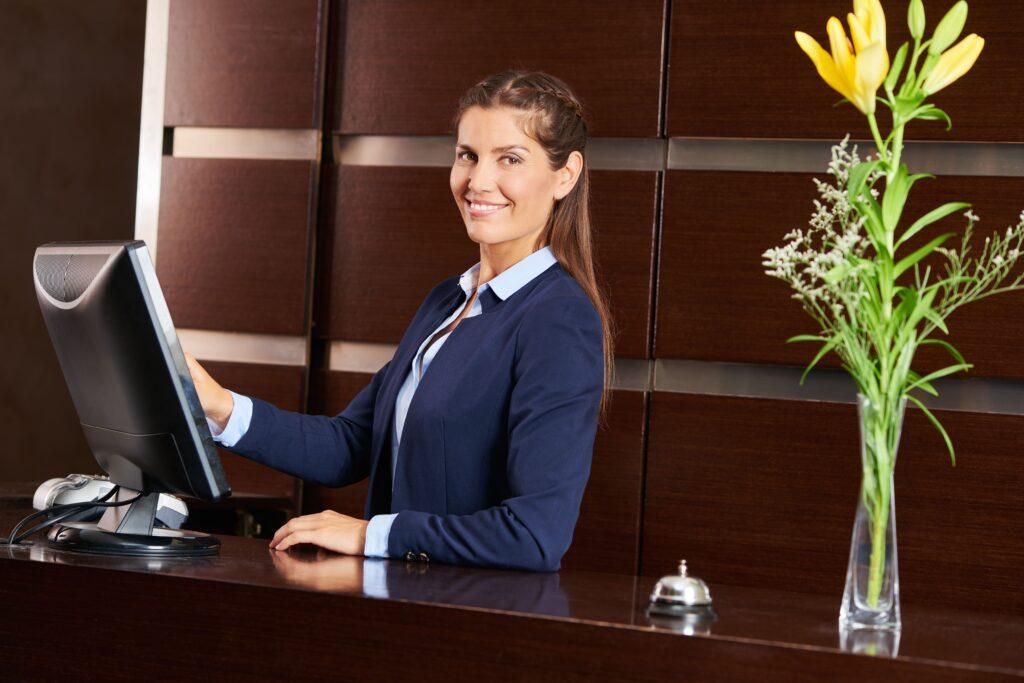 Reception, Speaker, Interpretariato, H24, 120, Lingue, Concierge, Hotel, Strutture, ricettive